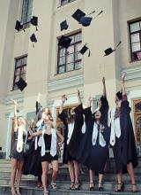 Урочиста нагода для студентів ЗНТУ одягнути мантії випускника